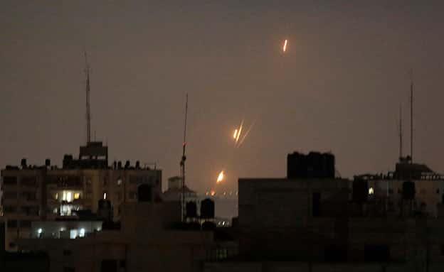 Mais de 15 mísseis foram disparados da Faixa de Gaza nos últimos minutos