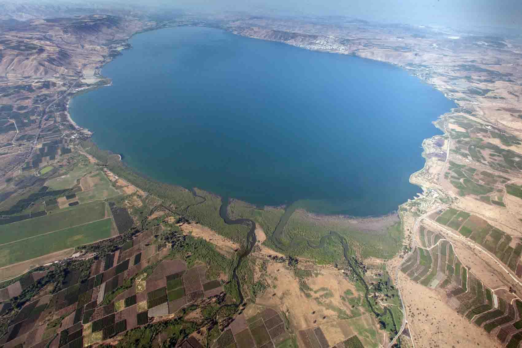 Mar da Galiléia transborda em Israel