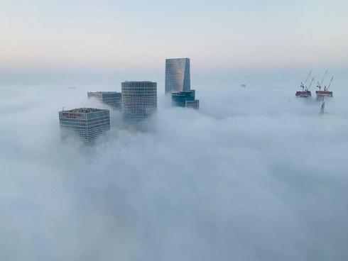 Por que Israel está coberto de névoa?